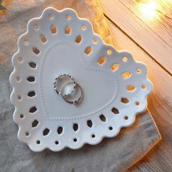 Maxwell & Williams Lille Heart Plate